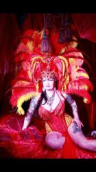 Interview with burlesque performer Raven Noir
